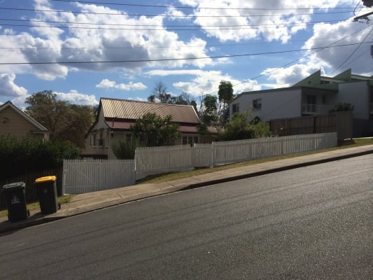 $200, Share-house, 3 bathrooms, Harrys Road, Taringa QLD 4068