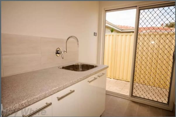 $140, Share-house, 2 rooms, Connaughton Street, Kewdale WA 6105, Connaughton Street, Kewdale WA 6105