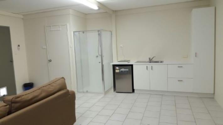 $230, Studio, 1 bathroom, Milroy Street, Willagee WA 6156