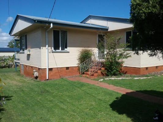 $110, Share-house, 3 bathrooms, Hampton Street, Newtown QLD 4305
