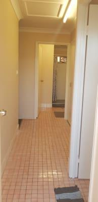 $130, Share-house, 3 bathrooms, Farm Street, Norman Gardens QLD 4701