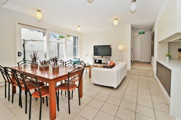 $350, Share-house, 6 bathrooms, Elgin St Carlton, Carlton VIC 3053