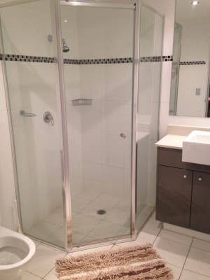 $175, Flatshare, 2 bathrooms, Cypress Avenue, Surfers Paradise QLD 4217
