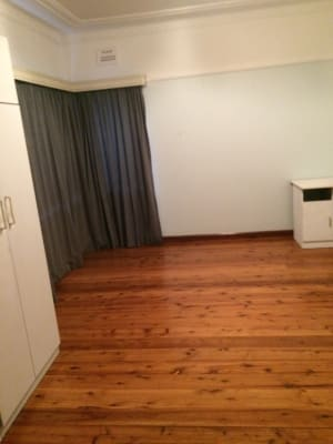 $180, Share-house, 1 bathroom, Bent Street, Chester Hill NSW 2162