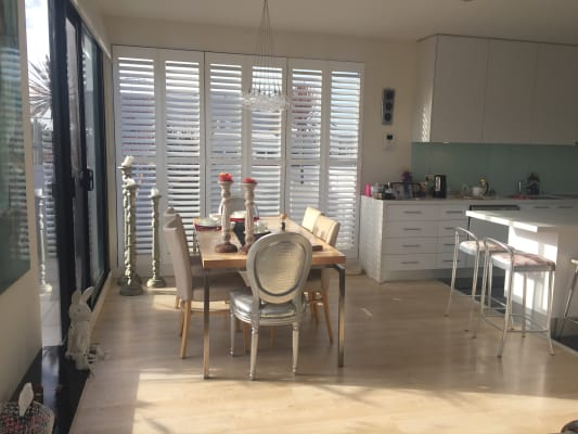 $420, Flatshare, 2 bathrooms, Spenser Street, Saint Kilda VIC 3182
