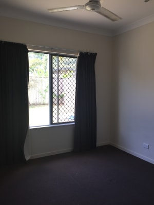 $350, Share-house, 4 bathrooms, Starboard Street, Trinity Beach QLD 4879