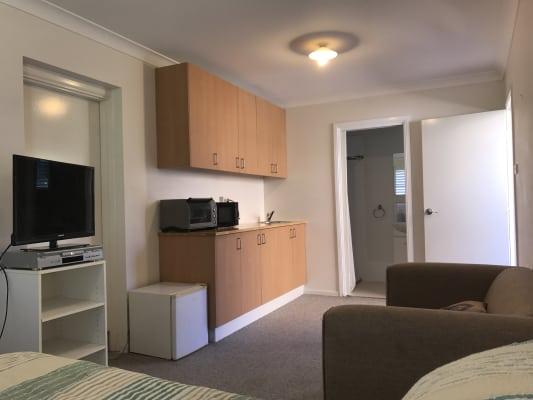 $260, Granny-flat, 1 bathroom, Killalea Drive, Shell Cove NSW 2529
