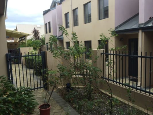 $210, Share-house, 3 bathrooms, Oxford Street, Leederville WA 6007