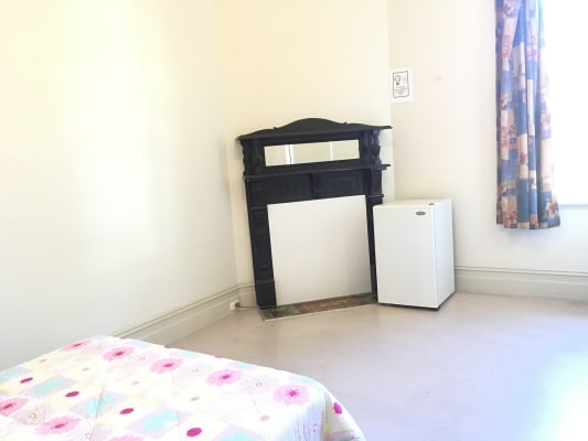$230, Share-house, 2 bathrooms, Hewlett Street, Granville NSW 2142