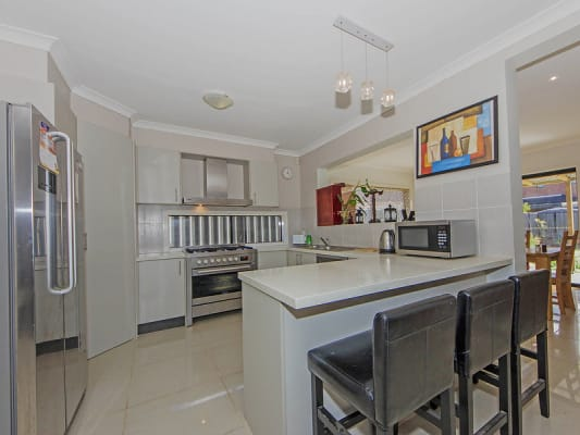 $160, Share-house, 4 bathrooms, Villiers Drive, Point Cook VIC 3030