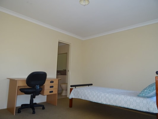 $140, Share-house, 6 bathrooms,  Beveridge Street, Bentley WA 6102