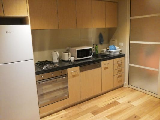 $175, Flatshare, 2 bathrooms, A'Beckett Street, Melbourne VIC 3000