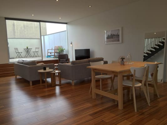 $400, Share-house, 2 bathrooms, Adderley Street, West Melbourne VIC 3003