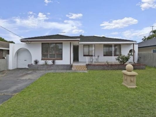 $135, Share-house, 3 bathrooms, Adela Place, Spearwood WA 6163