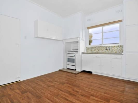 $165, Share-house, 3 bathrooms, Albion Street, Brunswick West VIC 3055