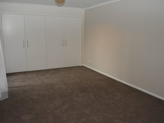 $200, Share-house, 3 bathrooms, Amber Crescent, Narre Warren VIC 3805