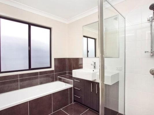 $220, Share-house, 4 bathrooms, Arakurta Street, Lota QLD 4179