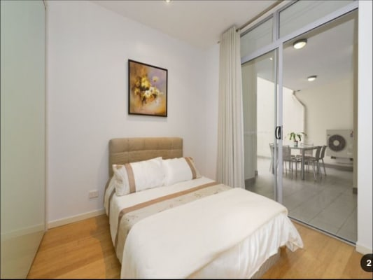 $295, Flatshare, 2 bathrooms, Arthur Street, Fortitude Valley QLD 4006
