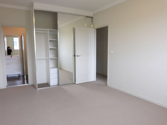 $250, Flatshare, 3 bathrooms, Balmoral Rd, Northmead NSW 2152
