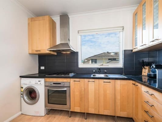 $280, Flatshare, 2 bathrooms, Beach Road, Mordialloc VIC 3195