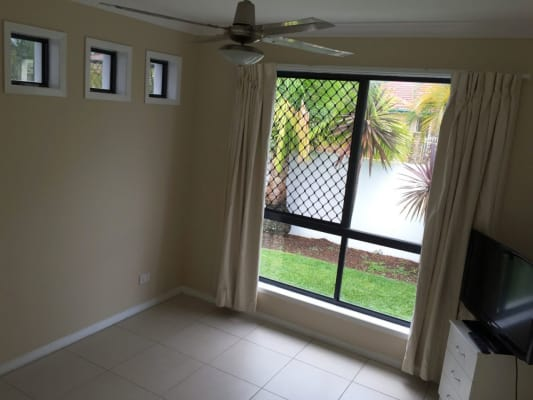 $180, Share-house, 4 bathrooms, Belrose Boulevard, Varsity Lakes QLD 4227
