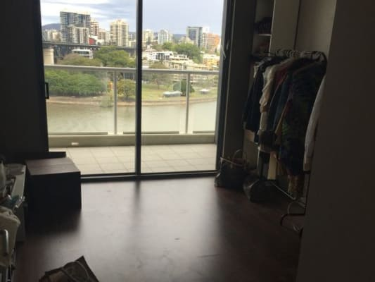 $350, Flatshare, 2 bathrooms, Boundary Street, Brisbane City QLD 4000