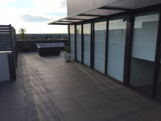 $275, Flatshare, 2 bathrooms, Breese Street, Brunswick VIC 3056
