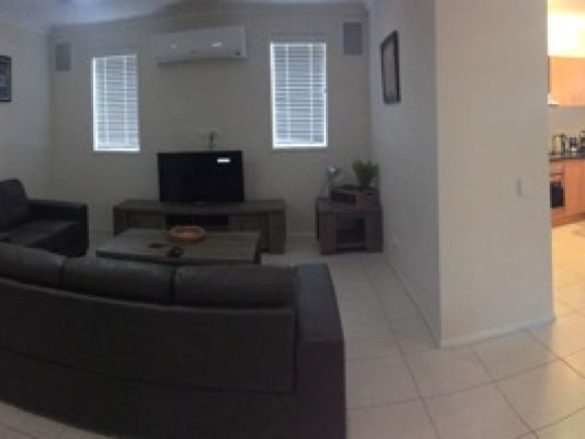 $170, Share-house, 4 bathrooms, Brown , Labrador QLD 4215