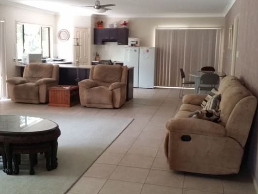 $170, Share-house, 2 bathrooms, California Dr, Oxenford QLD 4210