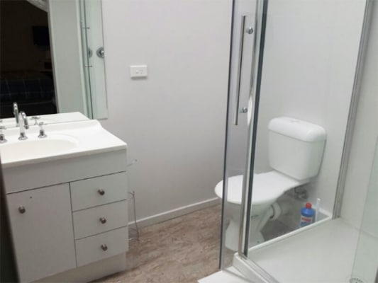 $250, Share-house, 6 bathrooms, Carlisle Street, Balaclava VIC 3183