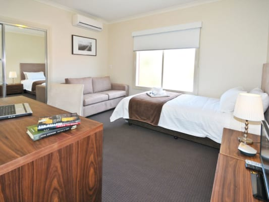 $325, Share-house, 5 bathrooms, Carnarvon Street, Brunswick VIC 3056