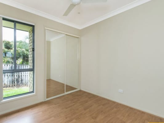 $200, Share-house, 4 bathrooms, Catchlove Street, Pacific Pines QLD 4211
