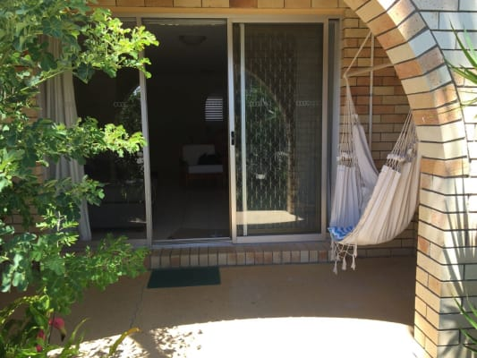 $180, Flatshare, 2 bathrooms, Christina Court, Mermaid Waters QLD 4218
