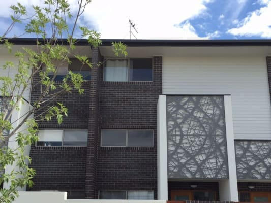 $220, Share-house, 3 bathrooms, Clare Burton Crescent, Franklin ACT 2913