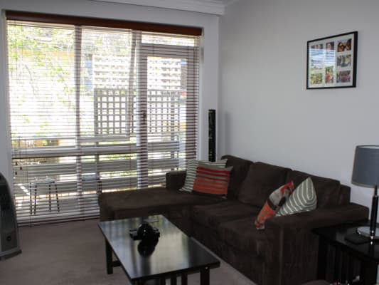 $202, Flatshare, 2 bathrooms, Coleridge St, Elwood VIC 3184