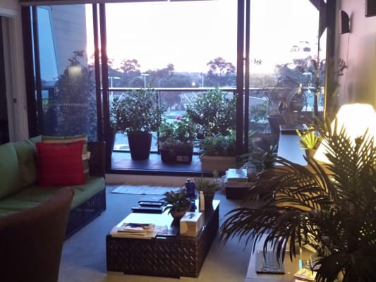 $210, Flatshare, 2 bathrooms, Copernicus Crs, Bundoora VIC 3083