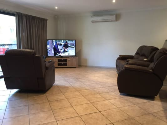 $230, Share-house, 3 bathrooms, Dalton Street, Orange NSW 2800