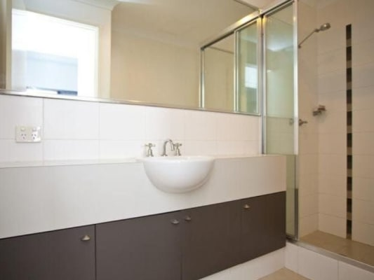 $260, Flatshare, 2 bathrooms, Delhi Street, West Perth WA 6005