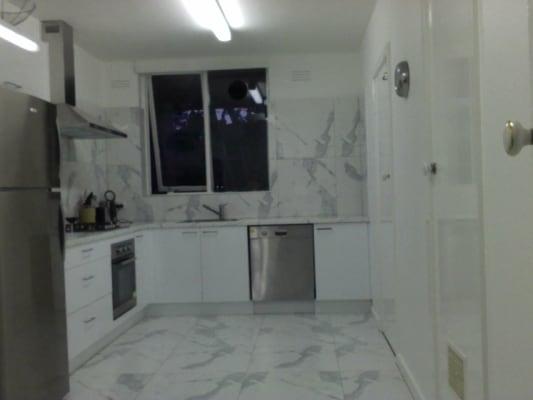 $300, Flatshare, 4 bathrooms, Dickens Street, Elwood VIC 3184