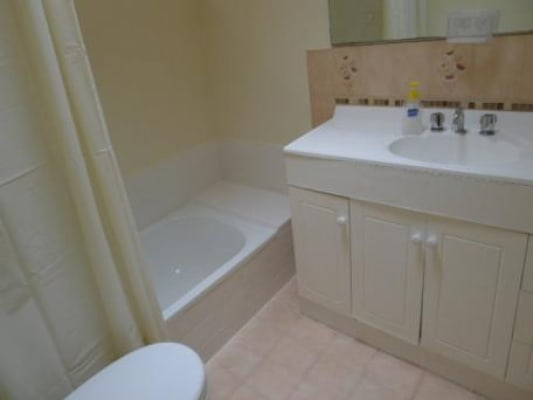 $140, Share-house, 5 bathrooms, Dumond Street, Bentley WA 6102
