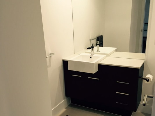 $200, Flatshare, 2 bathrooms, East Quay Drive, Biggera Waters QLD 4216