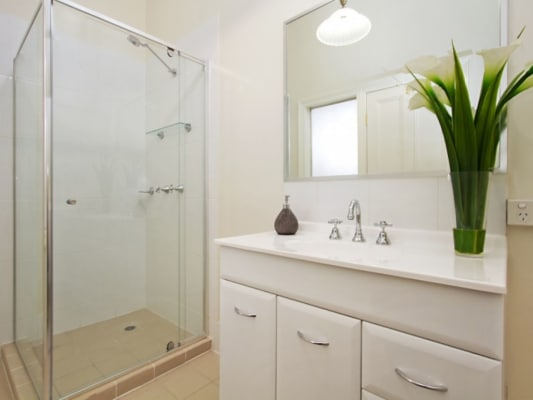 $170, Share-house, 6 bathrooms, Enoggera Terrace, Red Hill QLD 4059