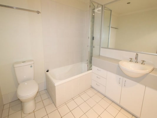 $120, Share-house, 3 bathrooms, Fairlawn Street, Nathan QLD 4111