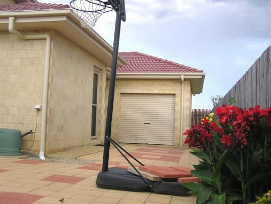$330, Granny-flat, 1 bathroom, Turtle Rock St, Harrison ACT 2914