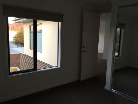$220, Share-house, 5 bathrooms, Fisher Street, Malvern East VIC 3145