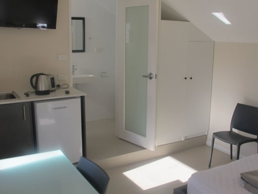 $380, Share-house, 6 bathrooms, Flinders Street, Paddington NSW 2021