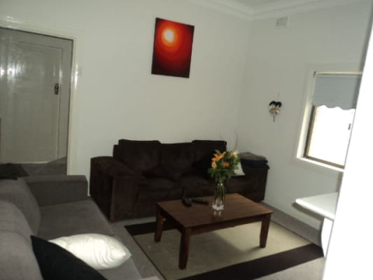 $300, Share-house, 4 bathrooms, Francis Street, Bondi Beach NSW 2026