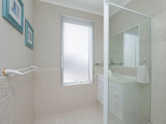 $195, Share-house, 4 bathrooms, Glenelg St, Mount Pleasant WA 6153