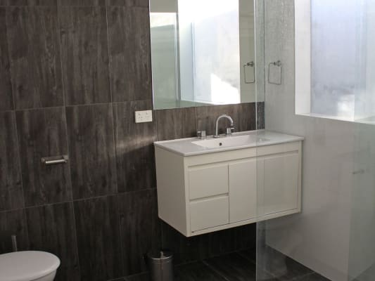 150  Share house  5 bathrooms  Godfrey Street  Darlington SA 5047Room for Rent in Godfrey Street  Darlington  Adelaide    . Rent A Bathroom Adelaide. Home Design Ideas