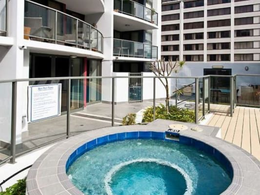 $300, Flatshare, 3 bathrooms, Adelaide Tce , East Perth WA 6004